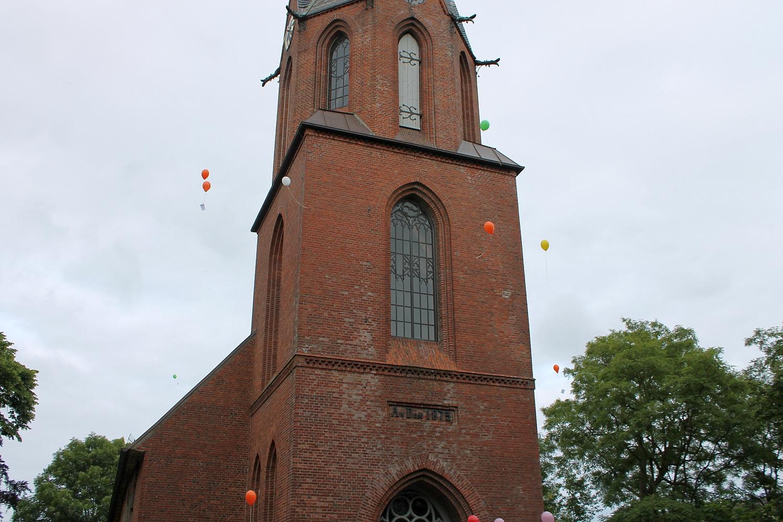 kirche-ballons